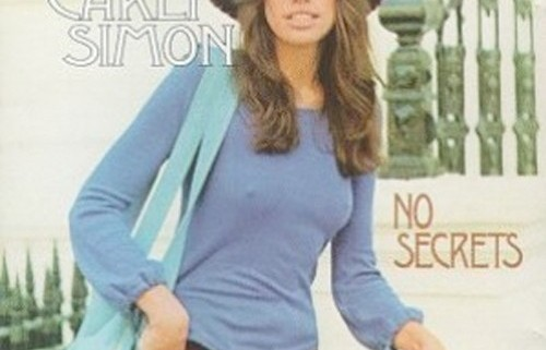 Carly Simon Puts A Whole New Spin On Playing Dead